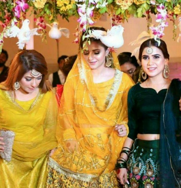 News Anchor Neelum Usaf's Dholki-Pictures