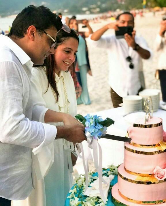 Salman Iqbal And Wife Sabeen Celebrated 20th Wedding Anniversary