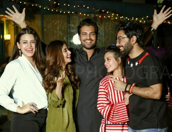 Zara Noor Abbas Throws Mom Asma A Birthday Party