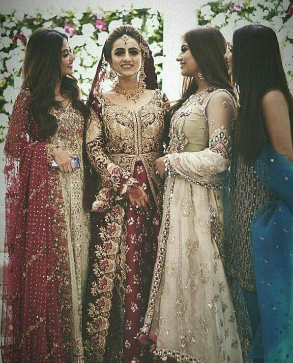 Sajal Aly And Saboor Aly At The Top Of Fashion Game