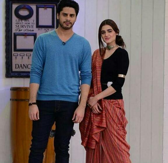 Do Bol's Cast On Nida Yasir's Show | Reviewit pk