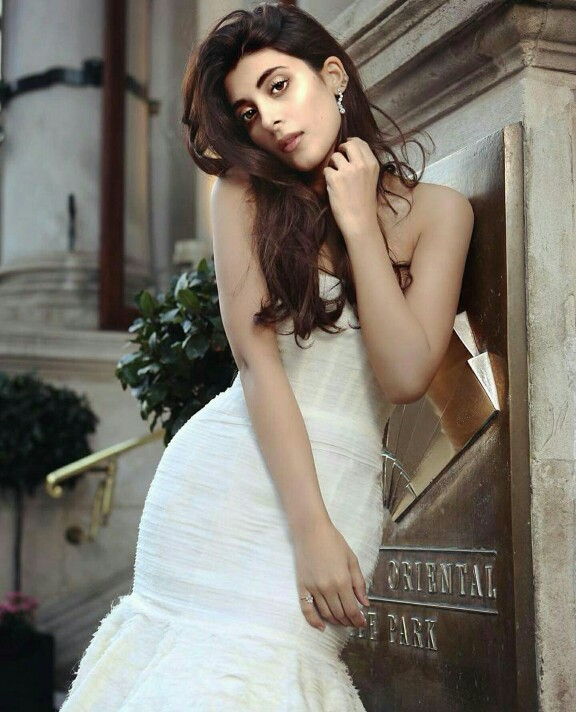 Urwa And Farhan's Latest Shoot-Pictures