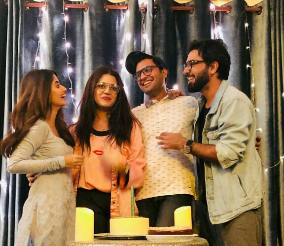 Zara Noor Abbas Celebrates Birthday With Family And Friends