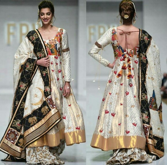 Sanam Saeed Owns The Ramp Like A Boss