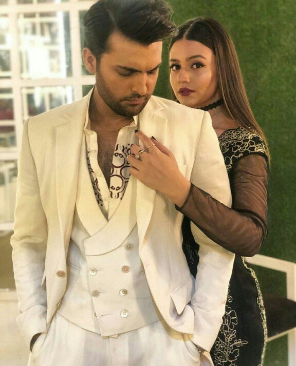 Zara Noor Abbas And Asad Siddiqui's Shoot For Chhalawa