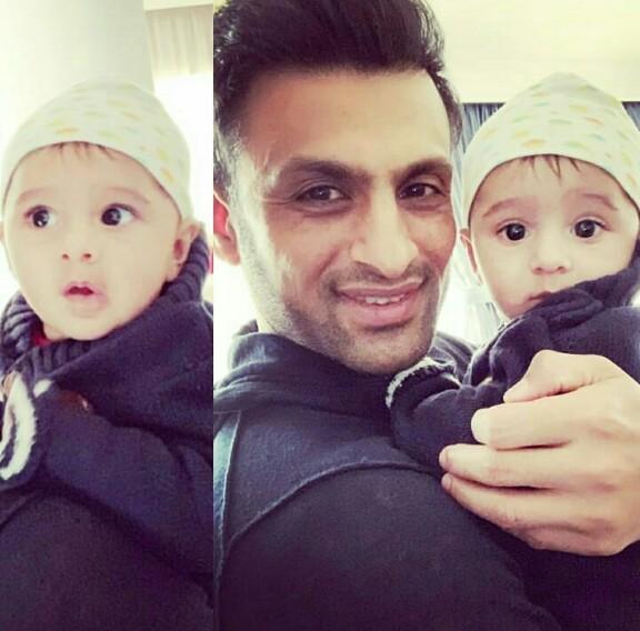 Shoaib Malik's Cute Moments With Son Izhaan