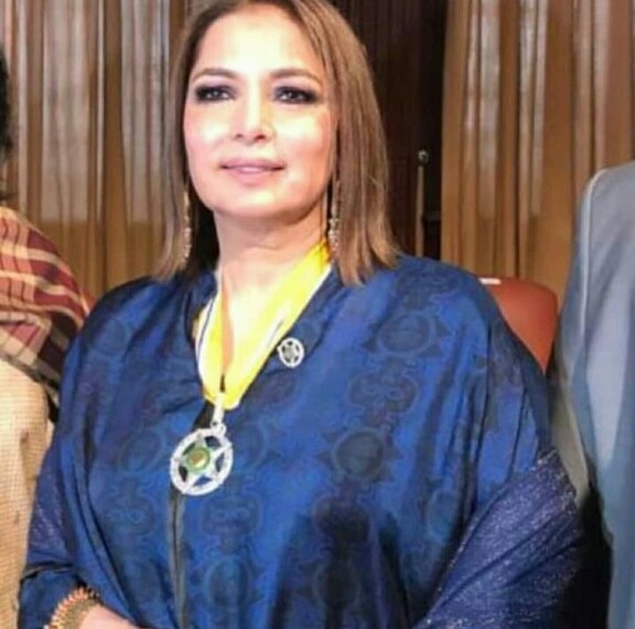 Celebrities Who Got Honoured Last Night At Aiwan e Saddar