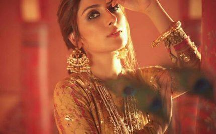 Ayeza Khan's Latest Shoot For A Brand