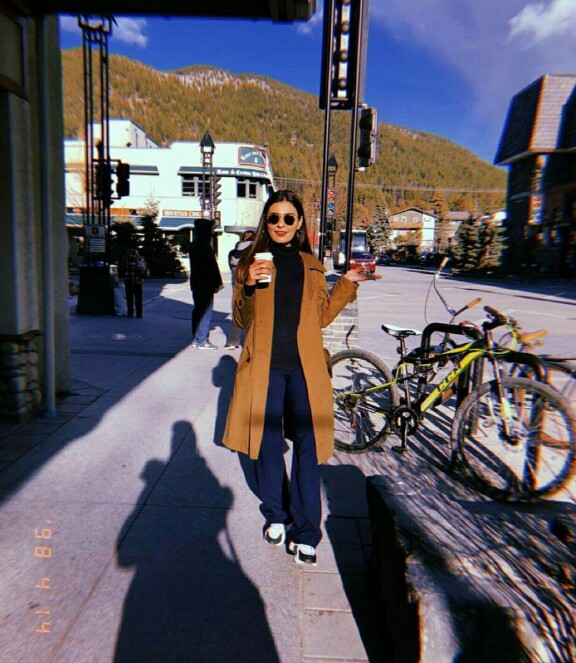 Sajal Aly And Sadia Ghaffar In Canada