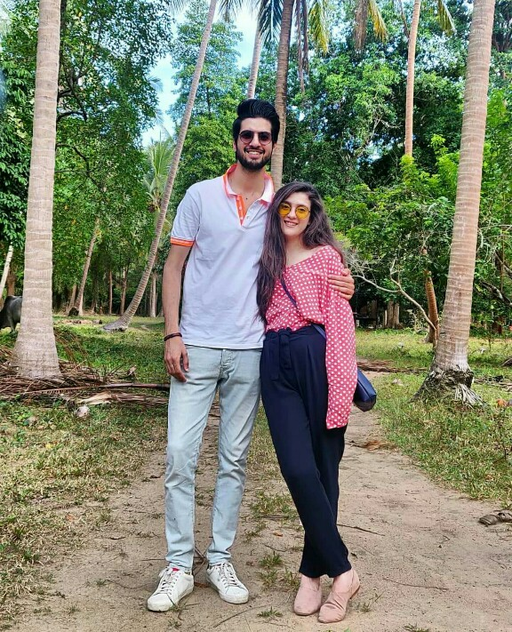 Abdullah Qureshi With Wife In Thailand