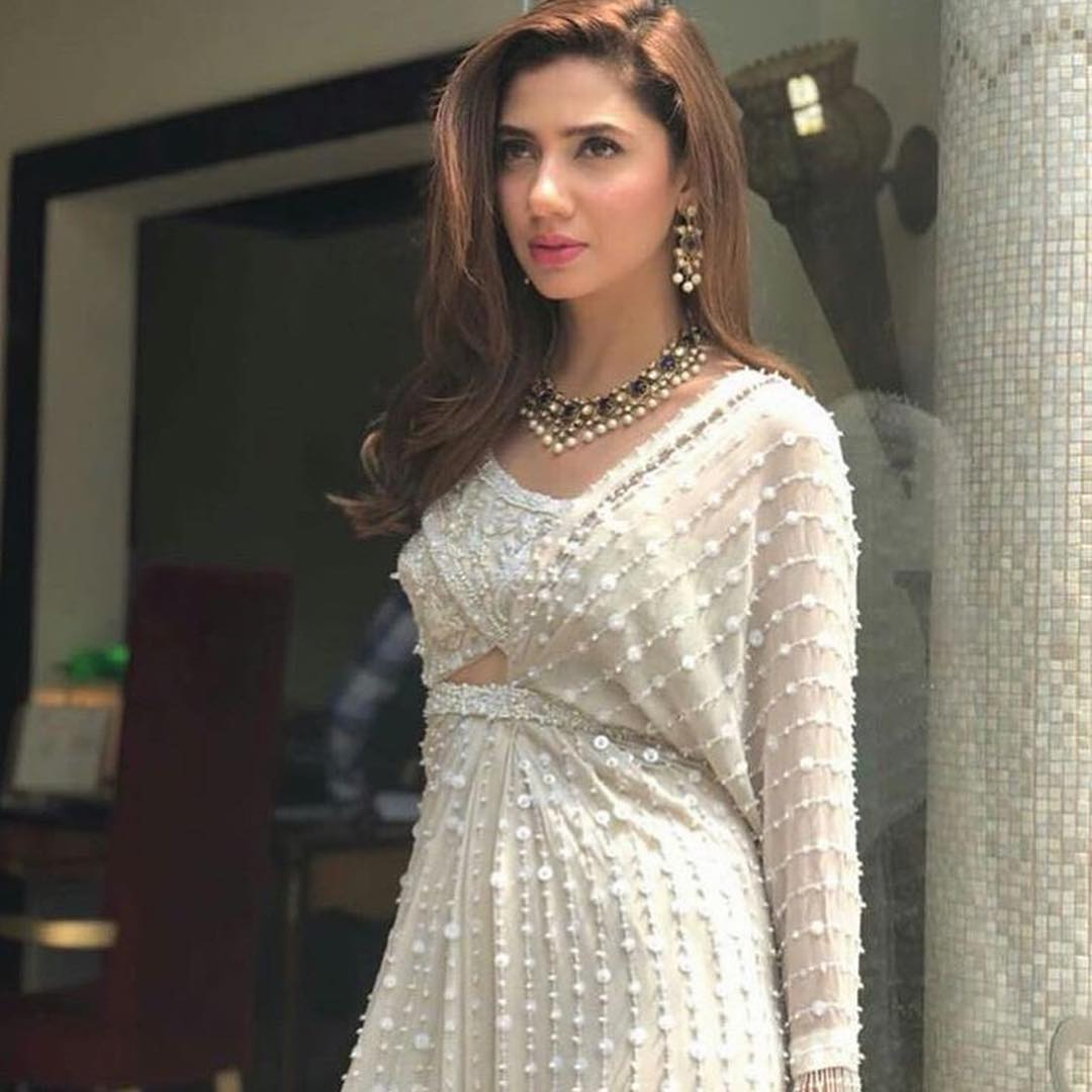 Gorgeous Mahira Khan with her Friends in Turkey for a Wedding Event