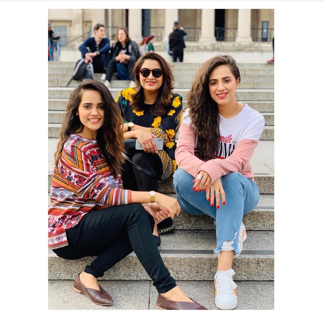 Latest Pictures of Beautiful Maham Amir with her Husband Faizan Sheikh in London