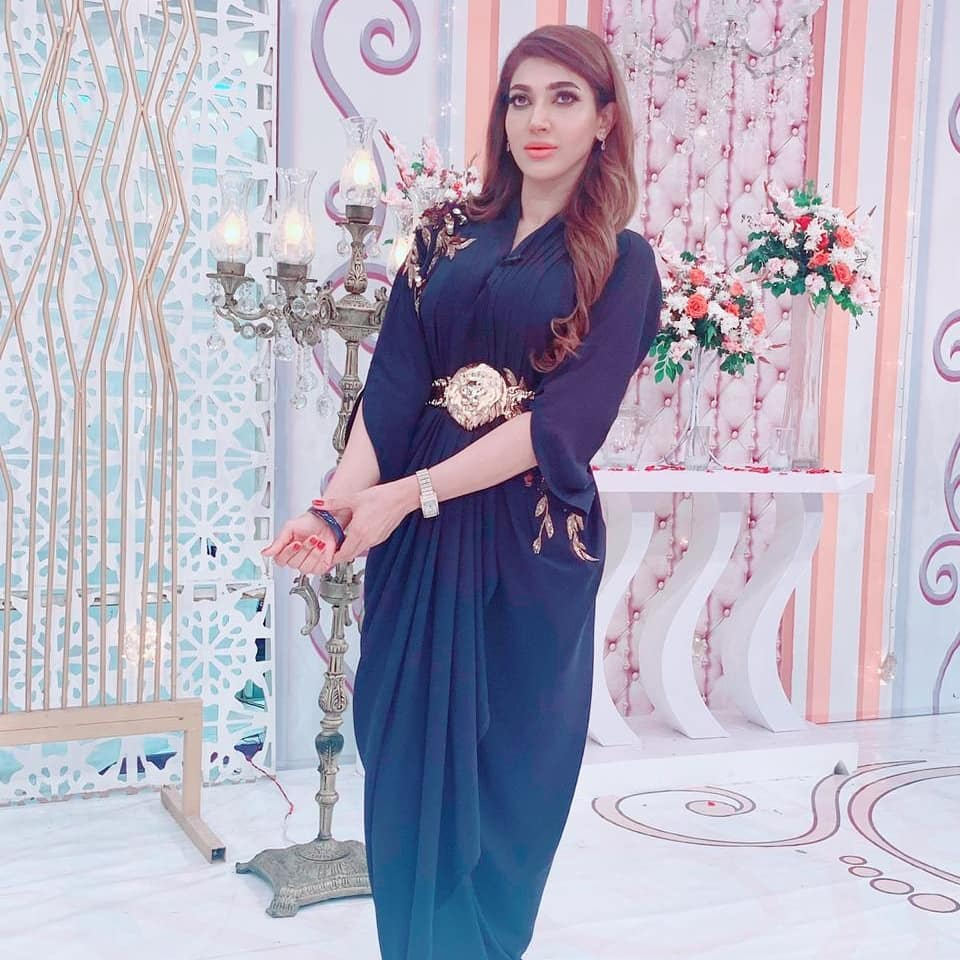 Beautiful Actress Sana Fakhar Shared her Weight Lose Story with her Pictures