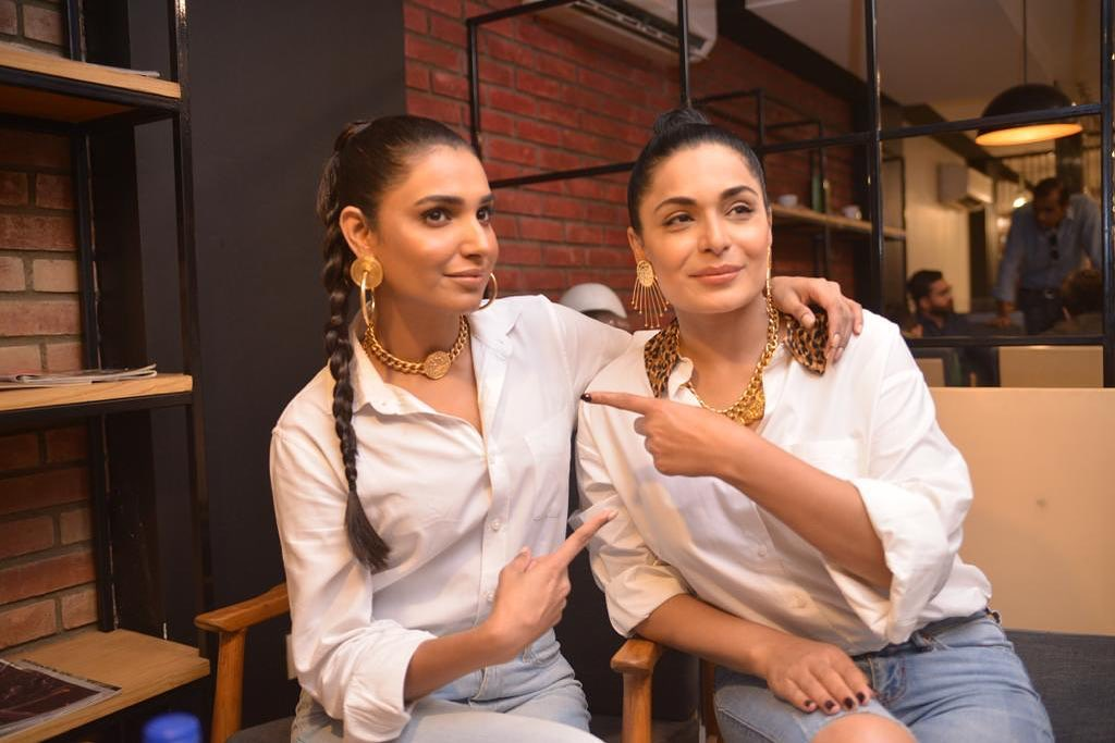 Beautiful Cast of Movie Baaji at Media Meetup Event for Promotions