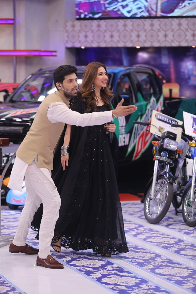 Beautiful Amp Gorgeous Mahira Khan In Jeeto Pakistan