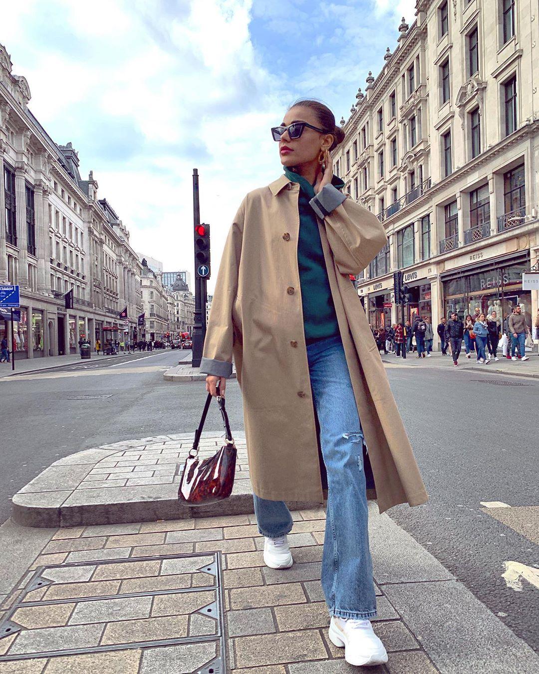Popular fashion Model Sadaf Kanwal Latest Clicks in London