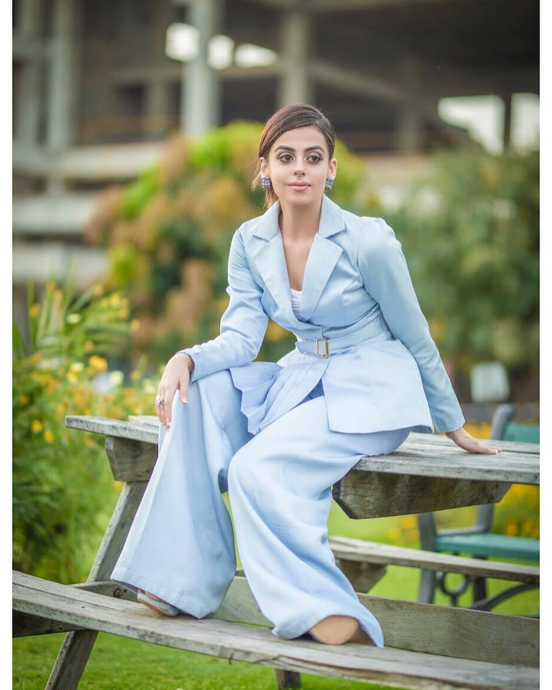 Latest Beautiful Clicks of Actress Yashma Gill