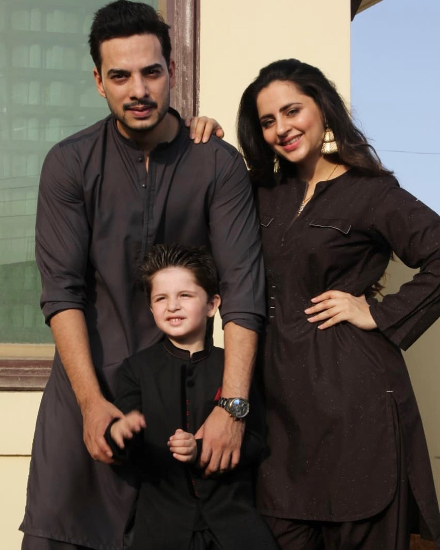 Latest Beautiful Clicks of Fatima Effendi with Family