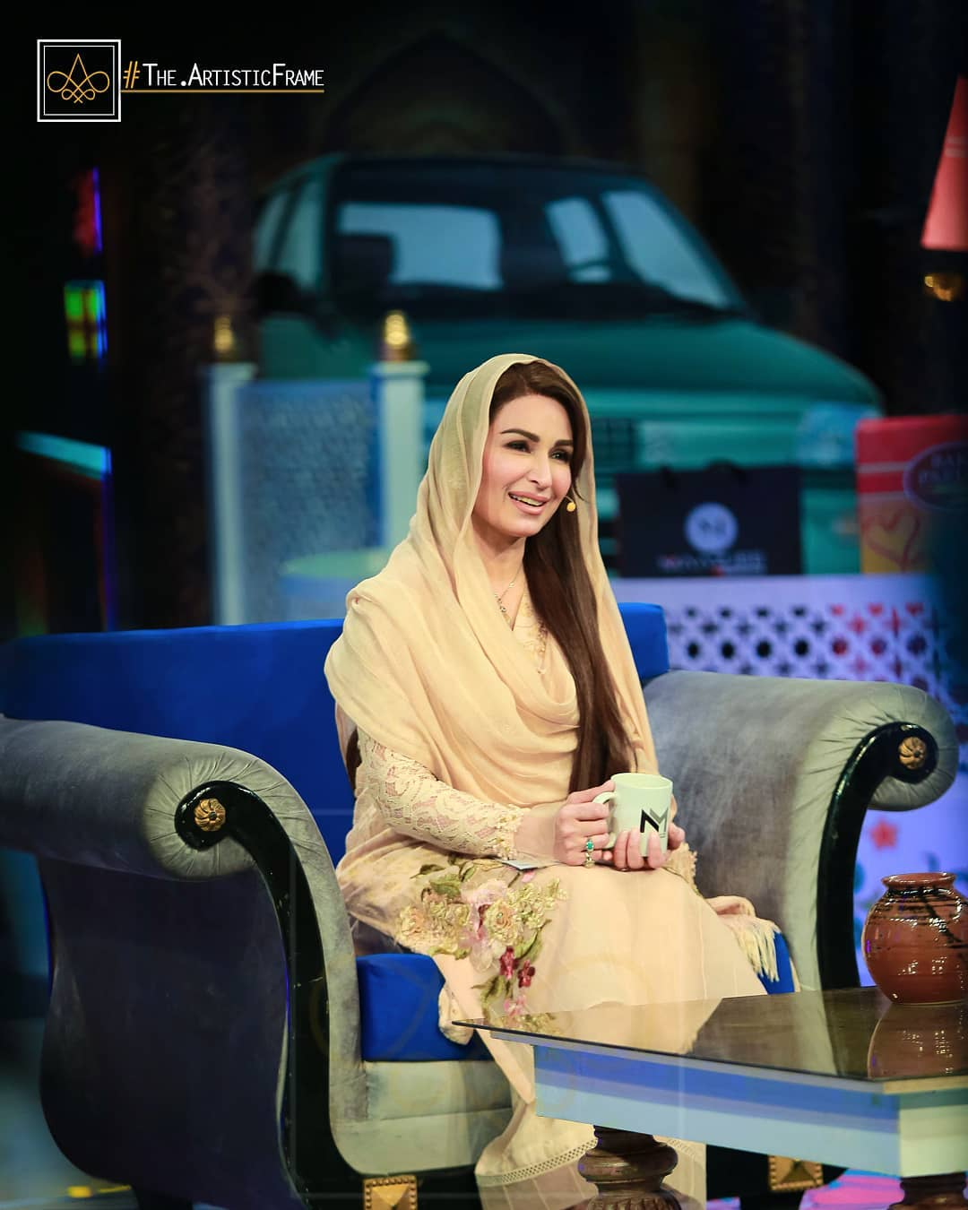 Beautiful Actors Hira and Mani in Reema Khan's Ramazan Transmission Show