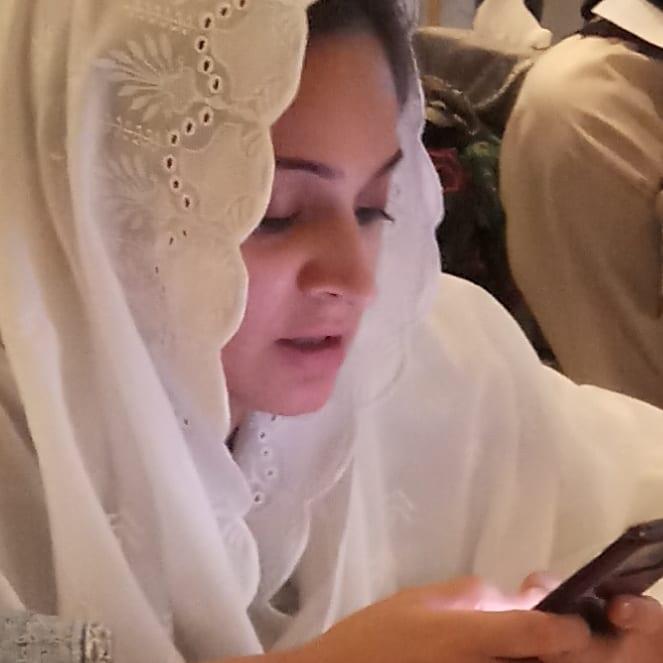 Beautiful Pictures of Actress Noor Bukhari with her Daughter Fatima