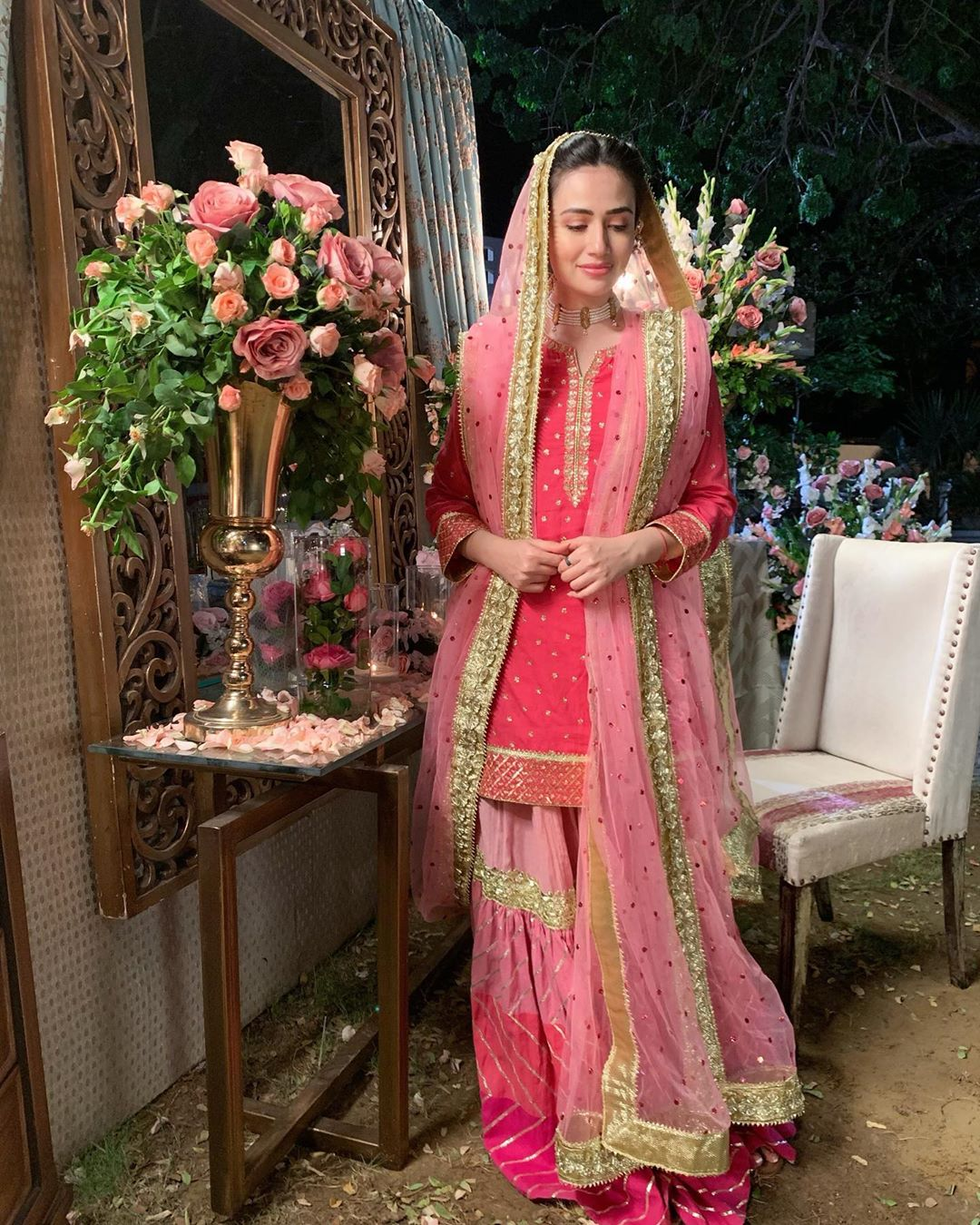 Latest Clicks of Beautiful & Gorgeous Sana Javed