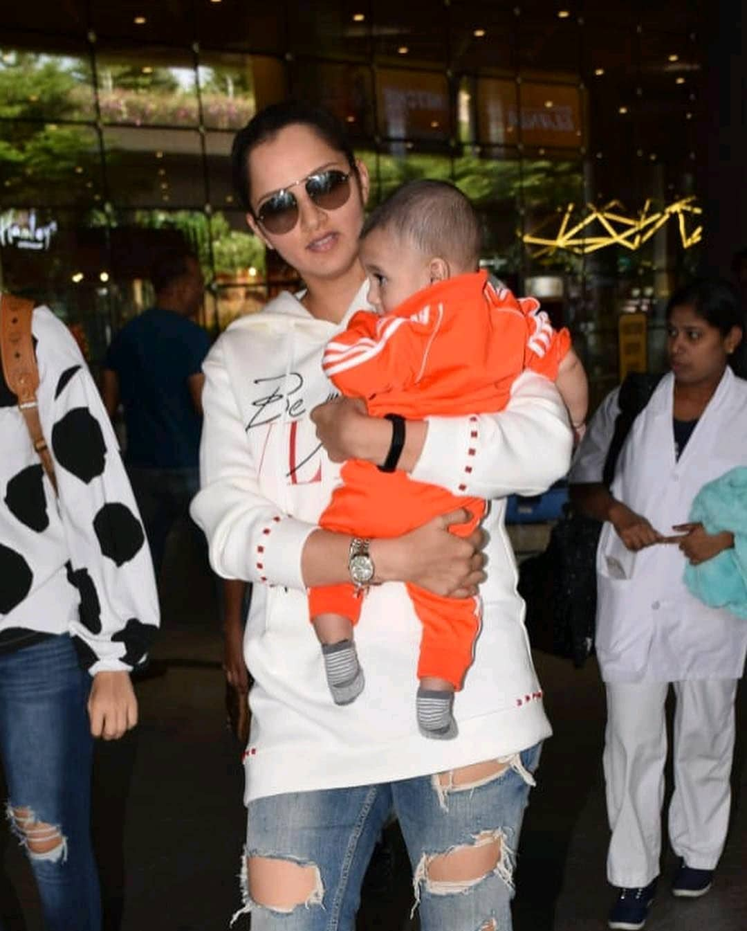 Latest Pictures of Sania Mirza with her Son Izhaan Malik
