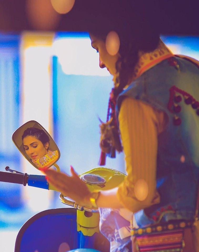 Beautiful Clicks of Gorgeous Ayeza Khan for Eid Telefilm Vespa Girl