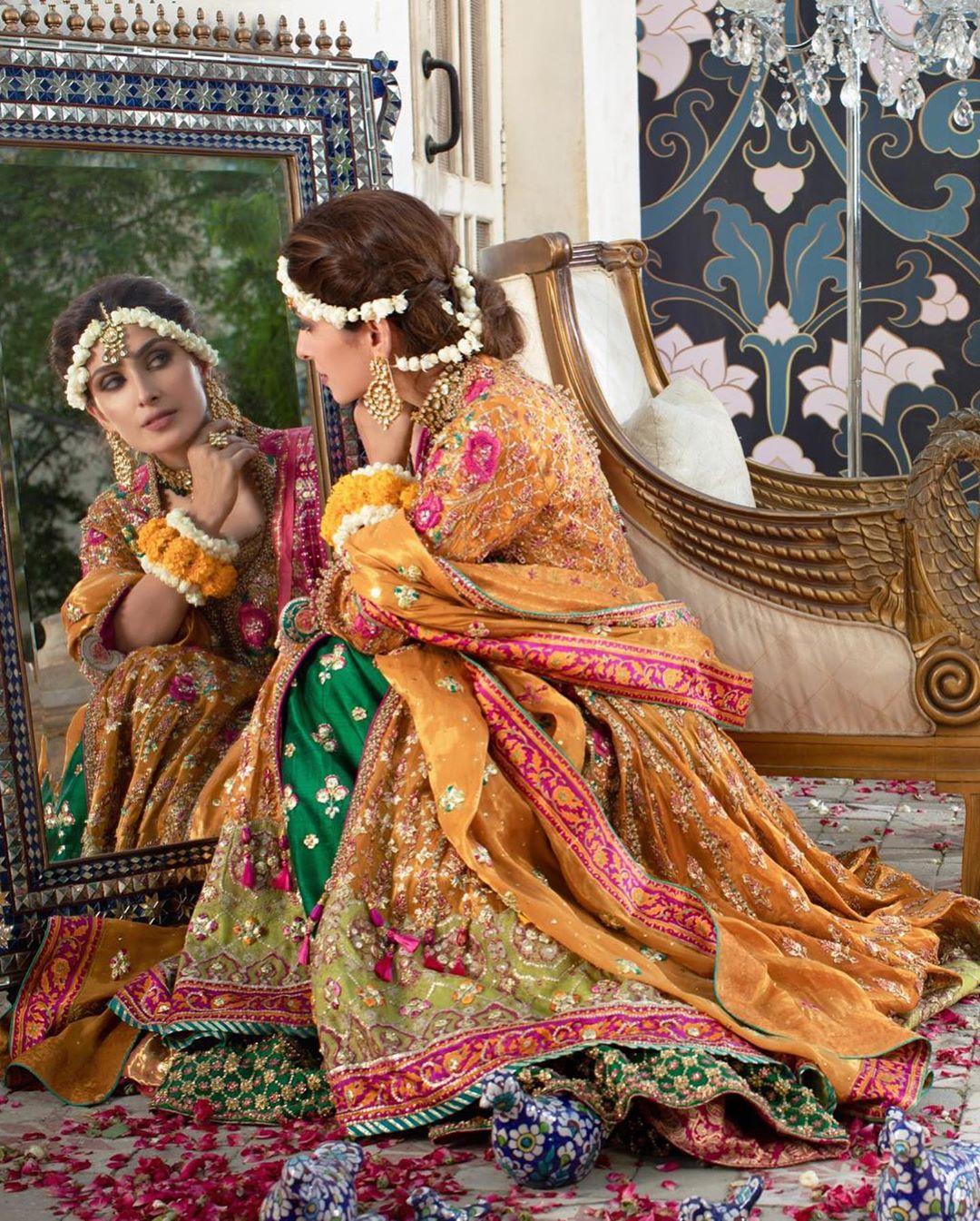 Latest Beautiful Photo Shoot of Actress Ayeza Khan