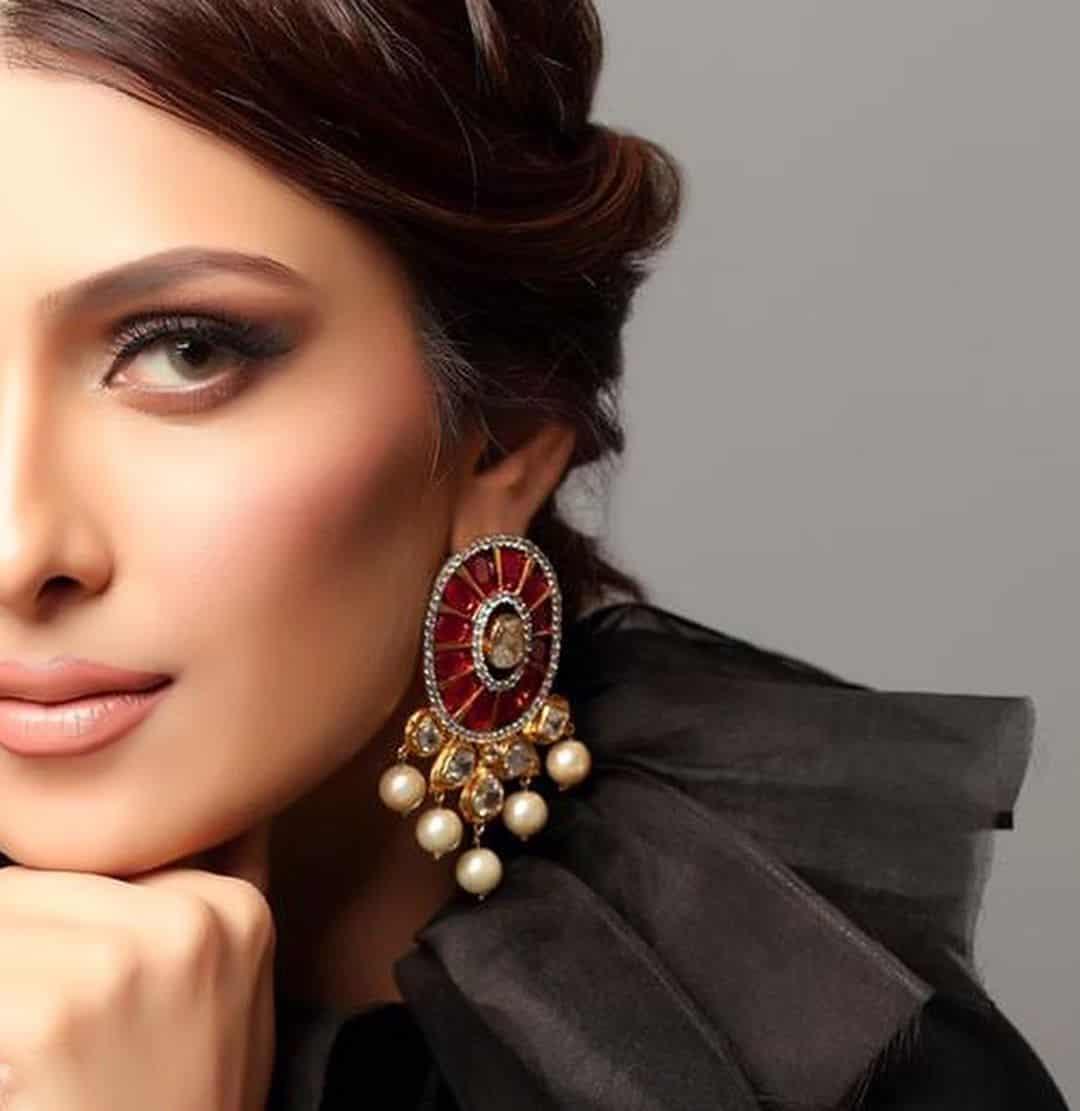 Latest Beautiful Clicks of Ayeza Khan