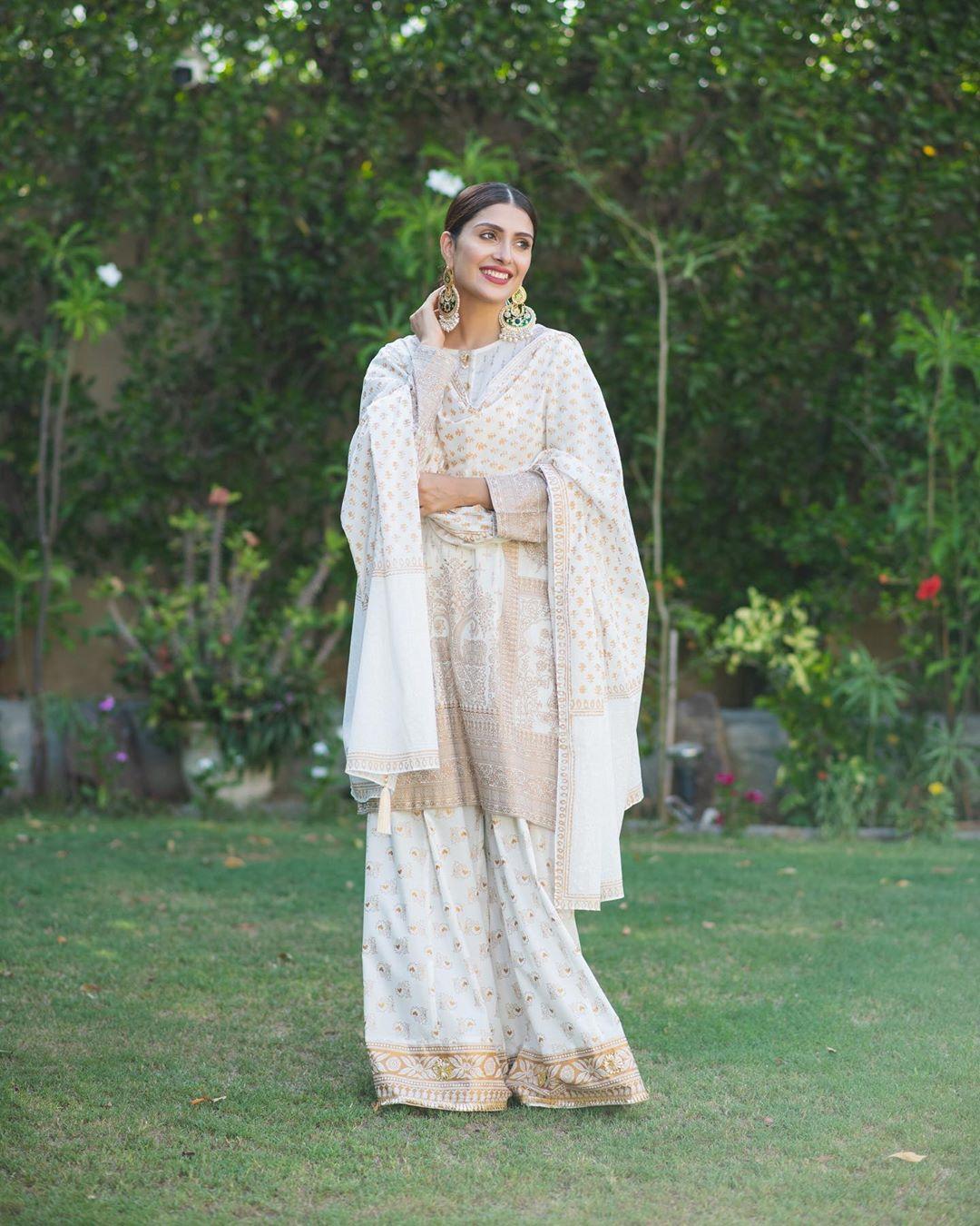 Latest Photo Shoot of Beautiful Actress Ayeza Khan