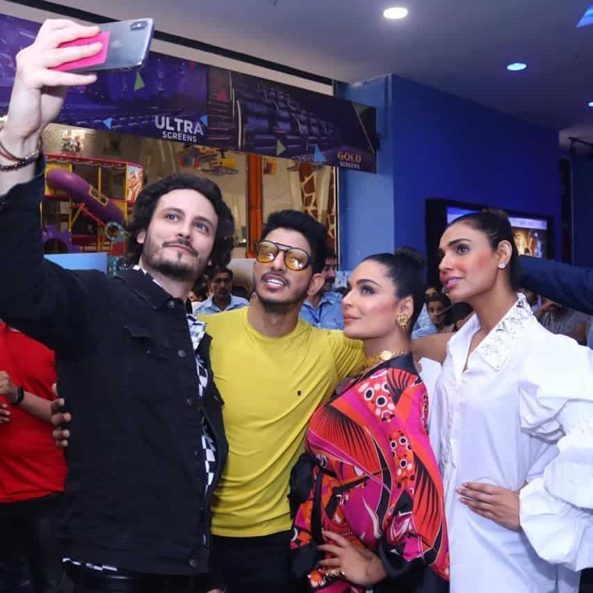 Promotional Pictures of the Cast of Baaji The Film
