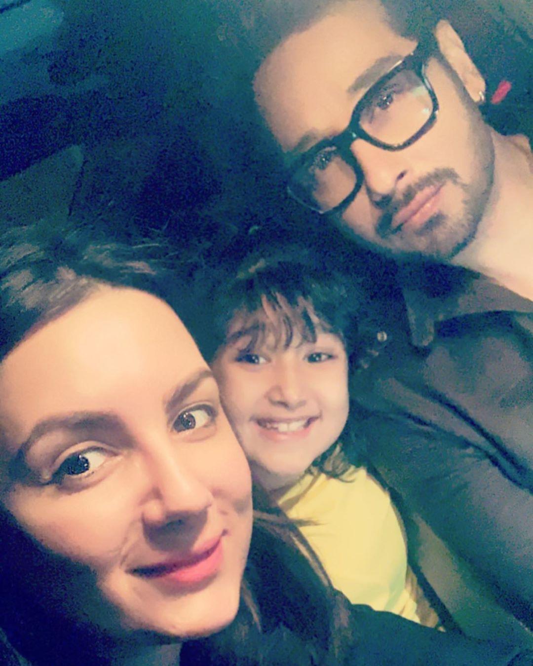 Pakistani Celebrities Beautiful Clicks from Chand Raat