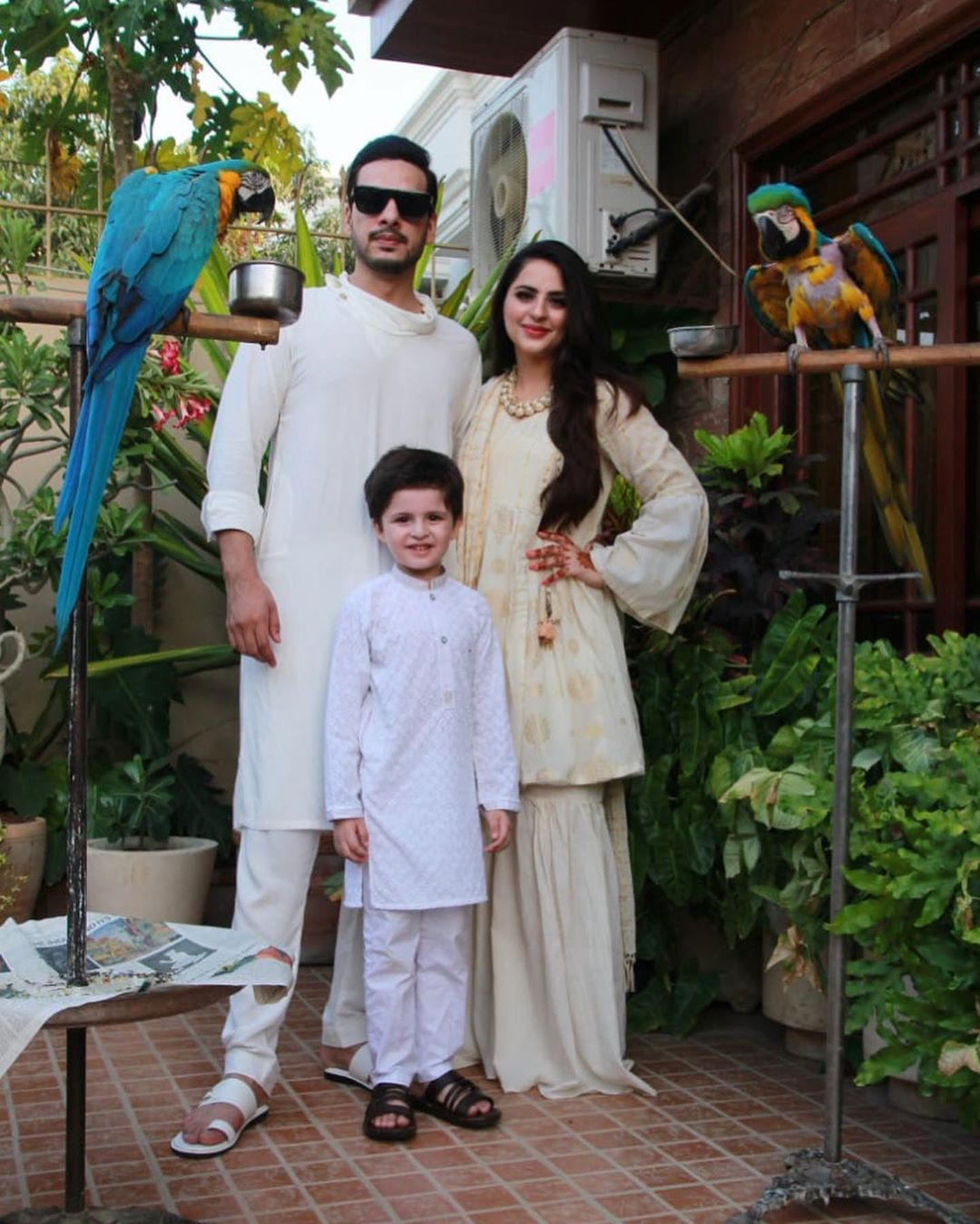 Beautiful Couple Fatima & Kanwar Arsalan with Their Cute Kids on Eid