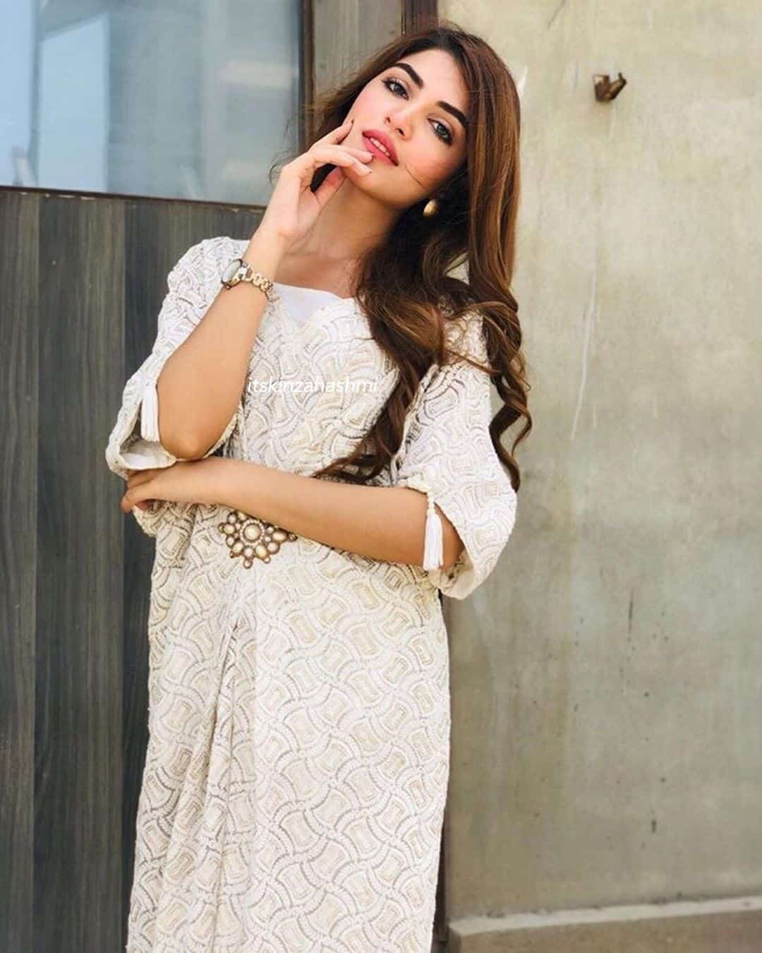 Beautiful Pictures of the Cast of Drama Serial Gul o Gulzar