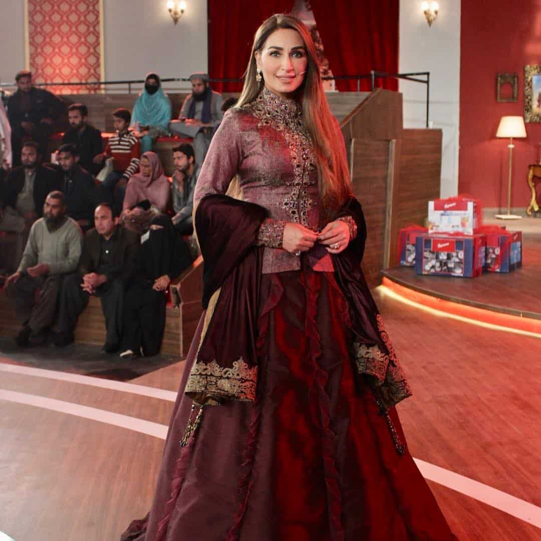Latest Clicks of Beautiful Actress Reema Khan in a Recent Event