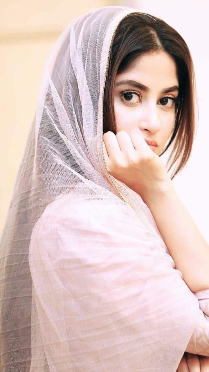 Latest Beautiful Clicks of Gorgeous Actress Sajal Ali