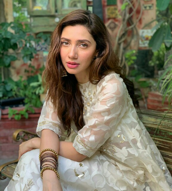 Mahira Khan Is Glowing In Her Eid Look