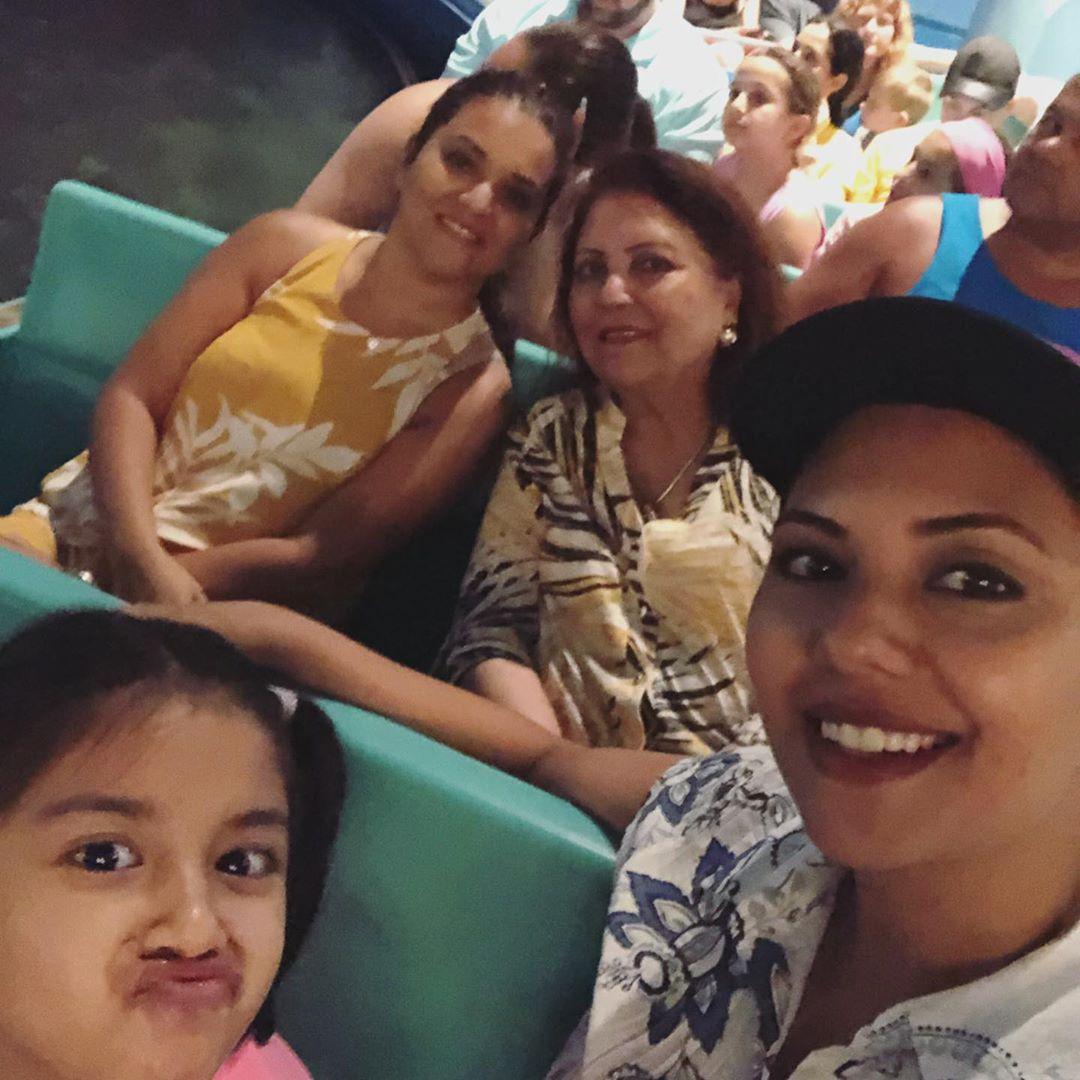 Sunita Marshal Enjoying Her Vacations with Kids in Disneyland