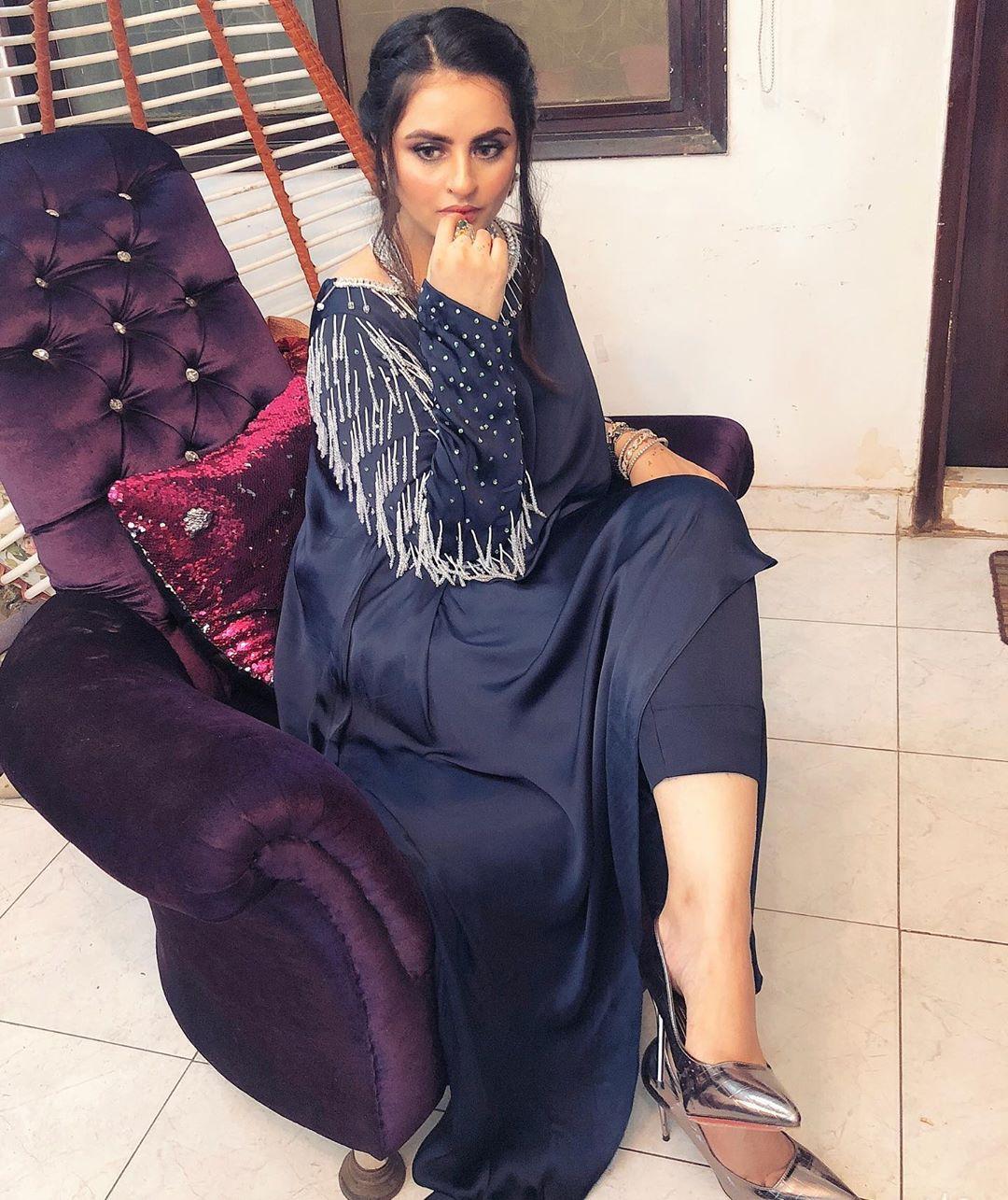 Latest Clicks of Beautiful Actress Fatima Effendi
