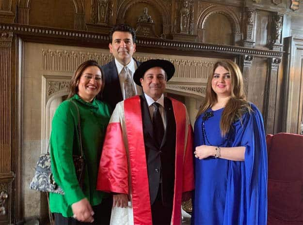 Rahat Fateh Ali Khan Awarded Degree At Oxford University