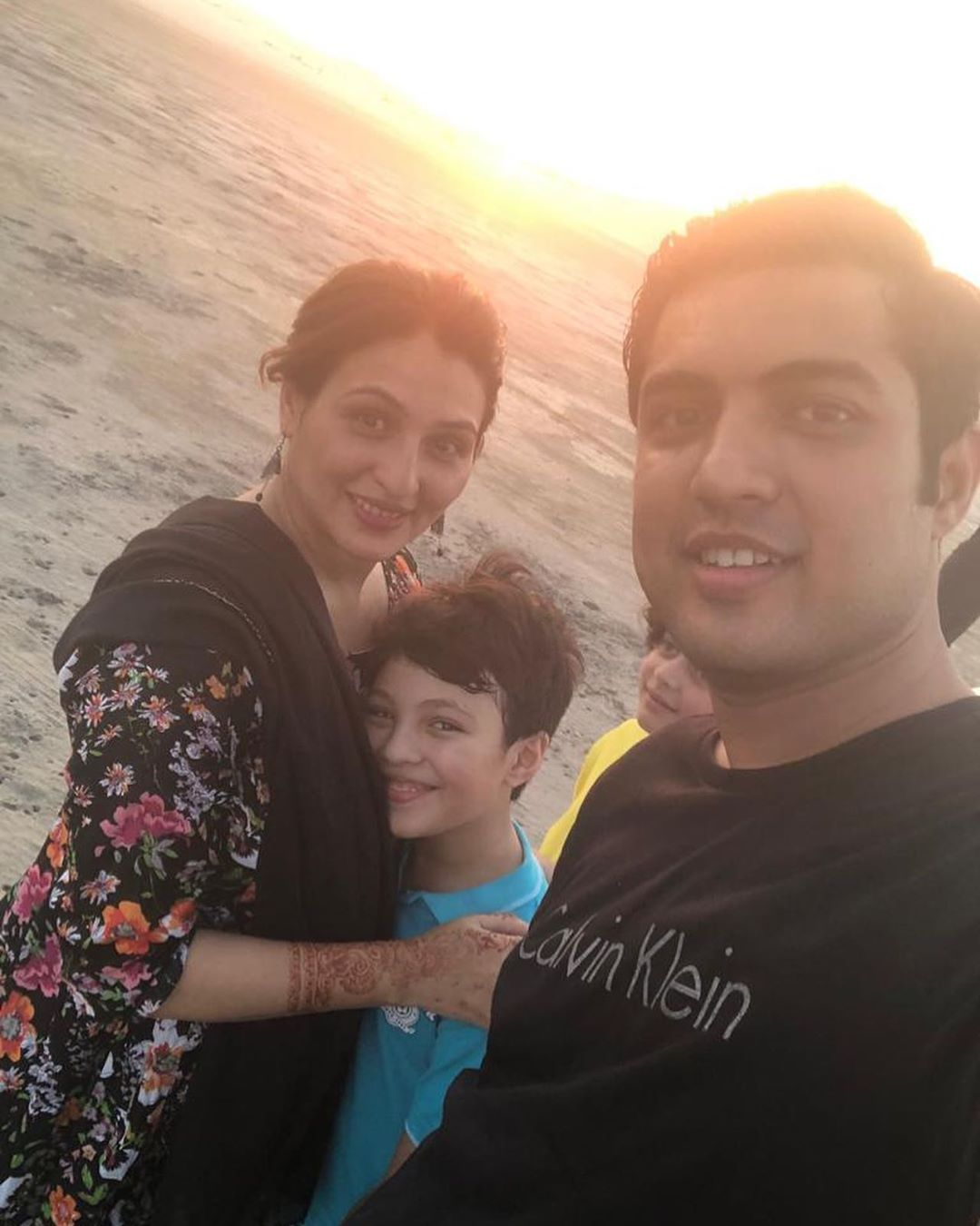 Iqrar ul Hassan And His Beautiful Family Having Fun in Desert At Doha Qatar