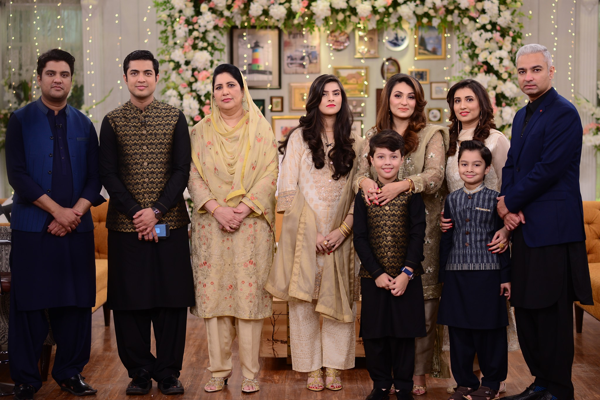 Iqrar Ul Hassan With His Whole Family in Good Morning Pakistan
