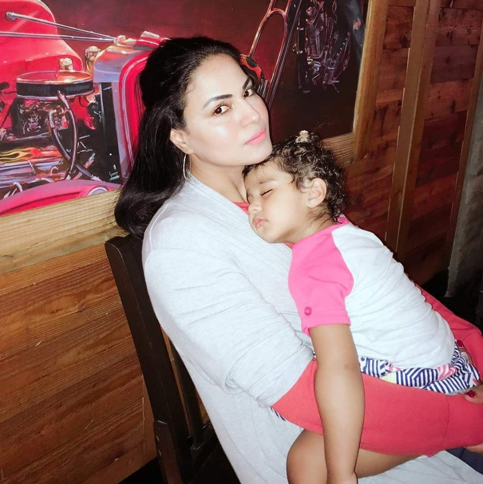 Veena Malik Spending Some Quality Time with her Kids