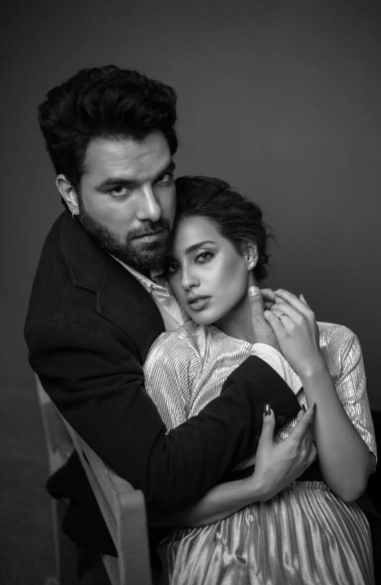 Iqra Aziz and Yasir Hussein's 'Official' Engagement Pictures Raise Some Serious Questions