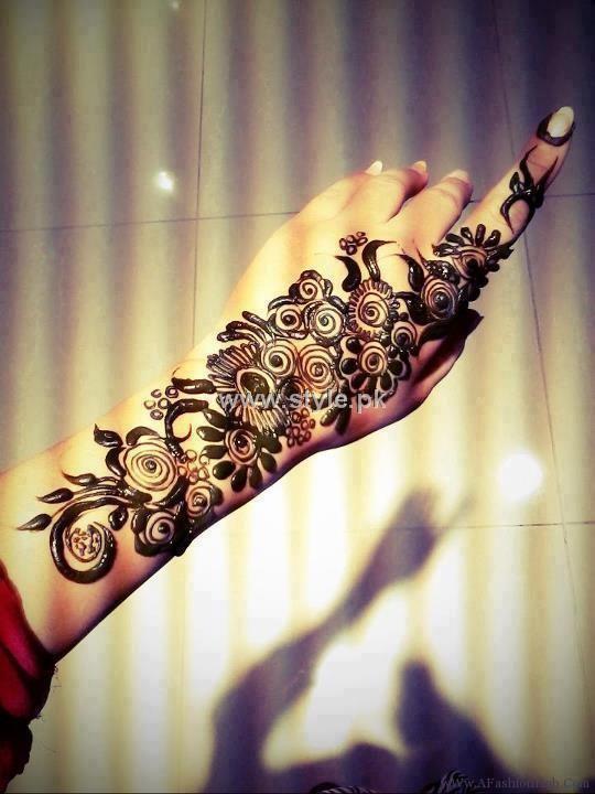 Arabic Mehndi Design 30