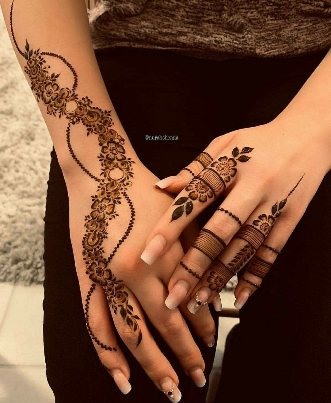 Arabic Mehndi Design 31