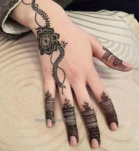 Black Mehndi Designs 17