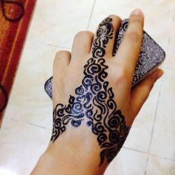 Black Mehndi Designs 8