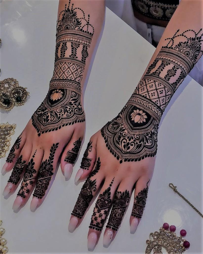 Bridal Mehndi Design 17