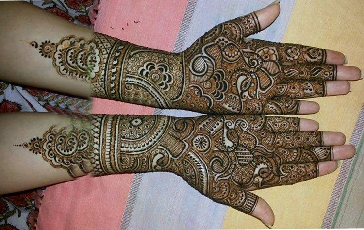 Bridal Mehndi Design 27